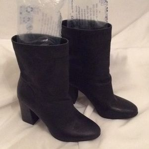 Lucky Brand Leather Midi High Heel Boots